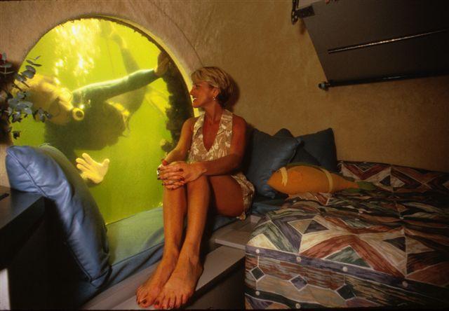 Jules Undersea Stateroom