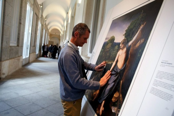 religious painting, museum, visitors