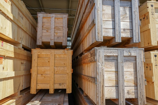 How to Create a Wooden Shipping Crate by Yourself? Simple DIY Guide