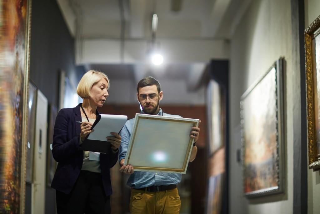 Artiteza: Professional Fine Art Consulting Services
